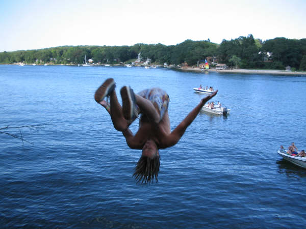 Indian Rock, Nianctic Cliff Diving in Connecticut